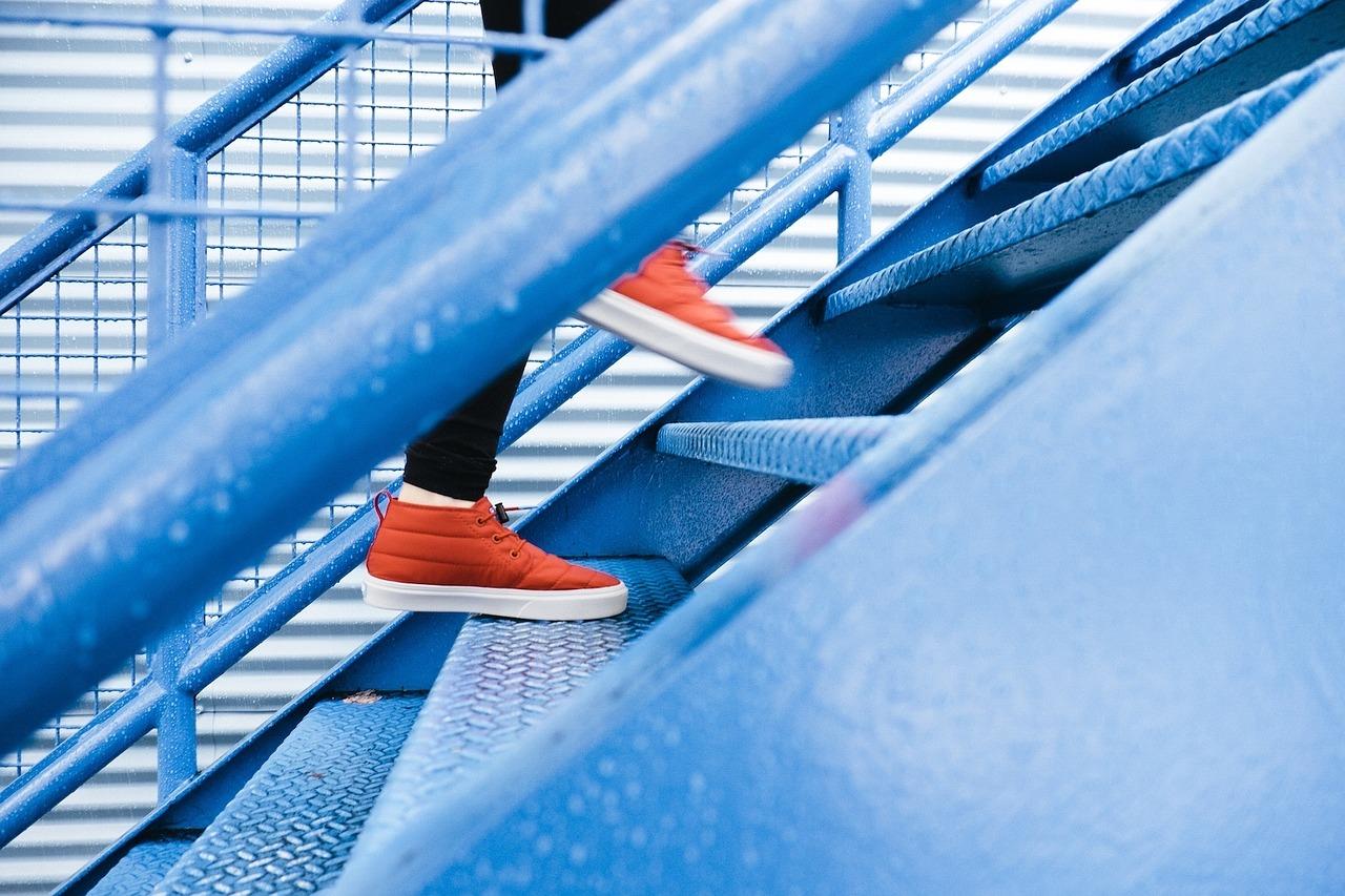 Steps 1081909 1280