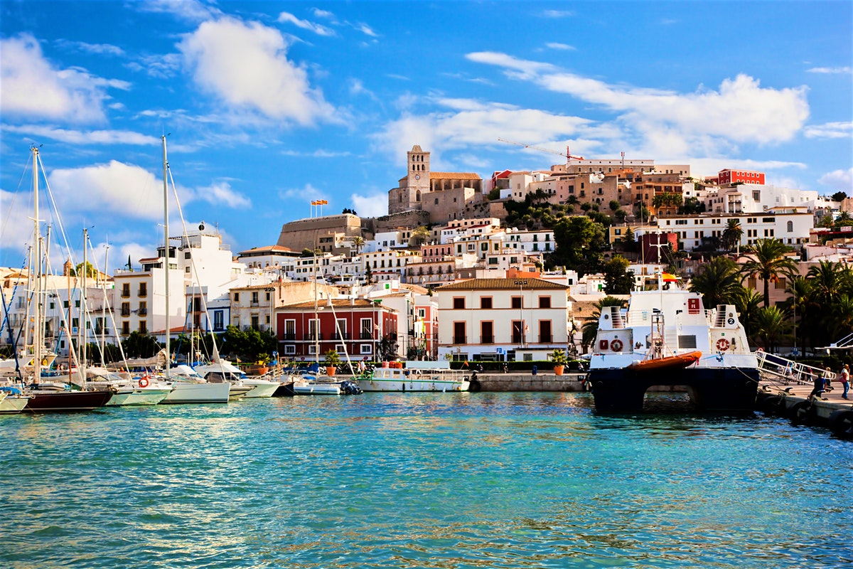 Ibiza is the hot spot for touristic real estate investments2