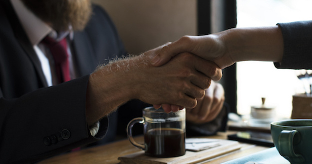 Lead handshake