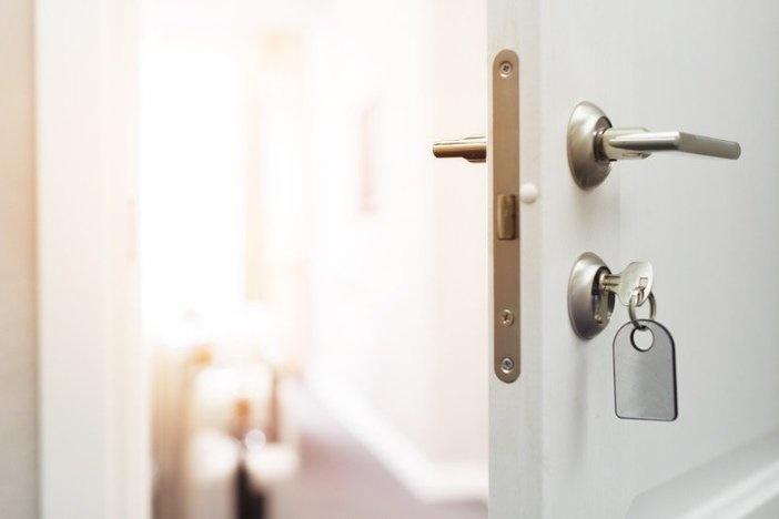 open door-unlock