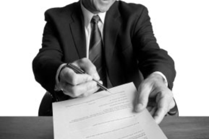 sign real estate contract